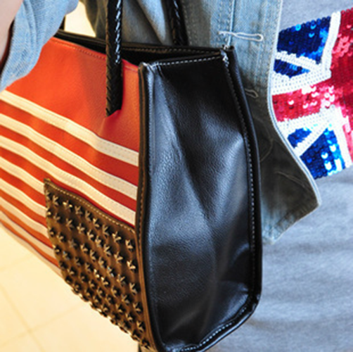 Vintage Casual Women's Shoulder Bag With Rivets and US Flag Pattern Design