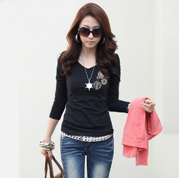 New Korean Style Slim Fit  V-neck Long Sleeve Women T-shirt Plus Size
